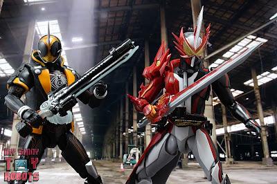 S.H. Figuarts Kamen Rider Saber Brave Dragon 39