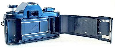 Nikon EM, film box