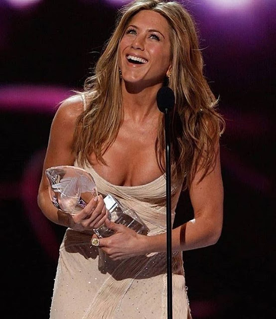 Jennifer Aniston Hot & Sexy pics
