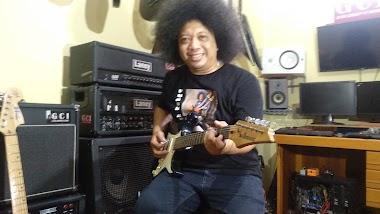 Puguh Kribo Guitar Course bisa online tanpa tatap muka langsung