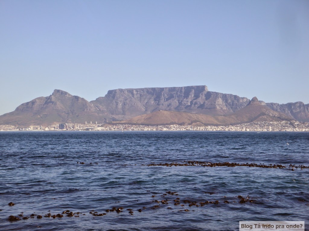 Cidade do Cabo e Table Mountain vistas da Robben Island
