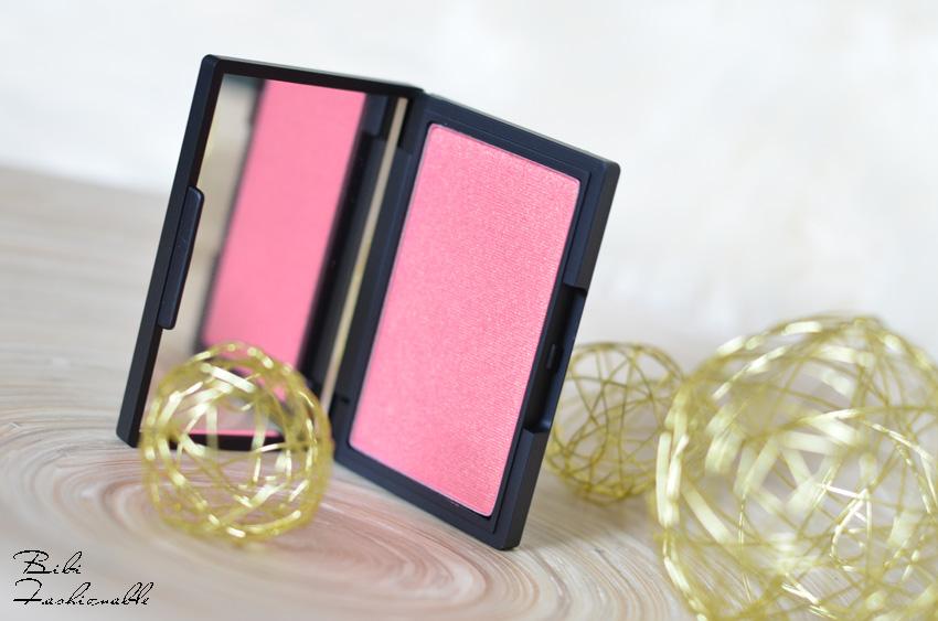 Sleek Blush Rose Gold offen stehend