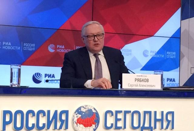 Abrams se verá cara a cara con funcionarios rusos para tratar la crisis en Venezuela