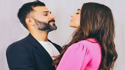 Sonam Kapoor and Anand Ahuja celebrate first Wedding Anniversary