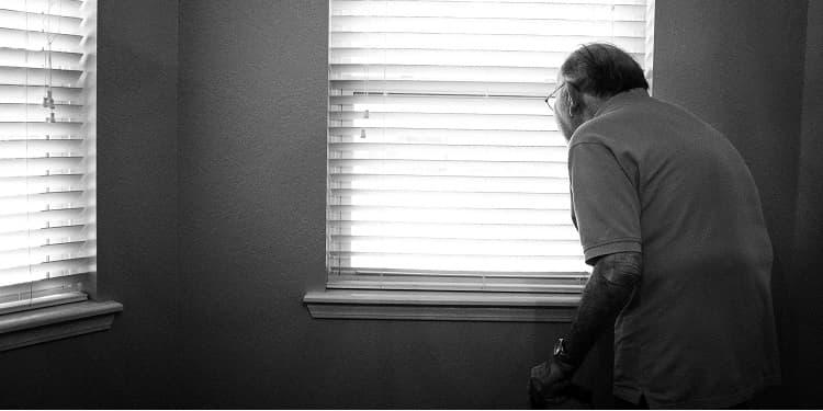 Prevenirea suicidului / sinuciderii la varsta inaintată