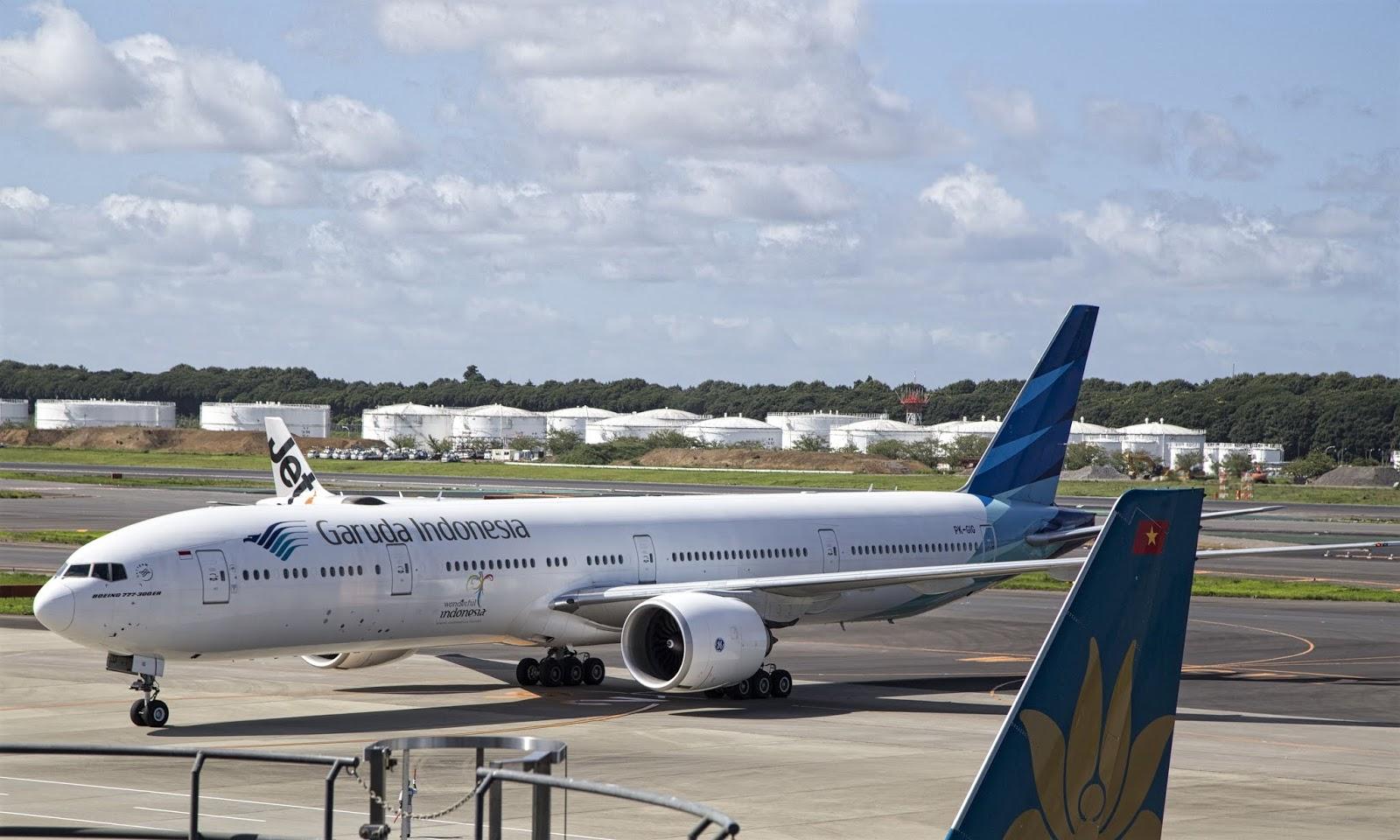 Boeing 777-300ER PK-GIG