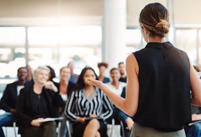 Pantun Pembuka Pidato : Seru, Lucu, Gokil, Bijak dan Mendidik Sebelum Sambutan Acara
