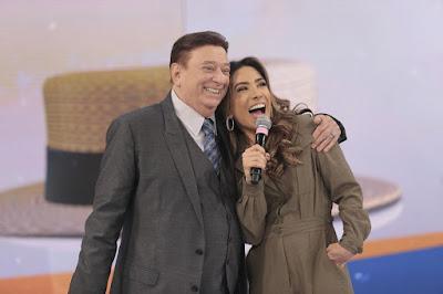 Patricia Abravanel com Raul Gil – (Foto: Rodrigo Belentani/SBT)