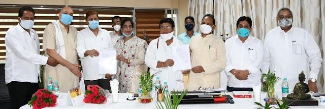 मंत्री डॉक्टर शिव डहरिया से नवनियुक्त पदाधिकारियों ने की मुलाकात