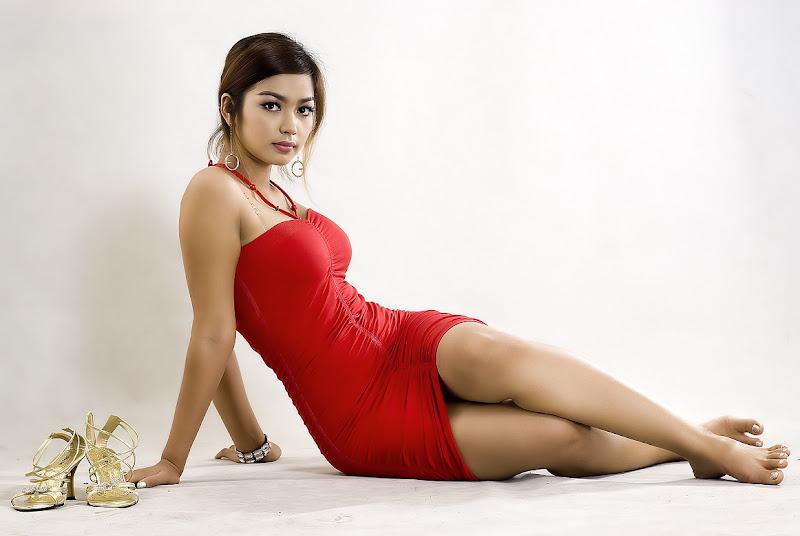 Arloos Myanmar Model Gallery: Nwe Nwe Htun - Red Dress in