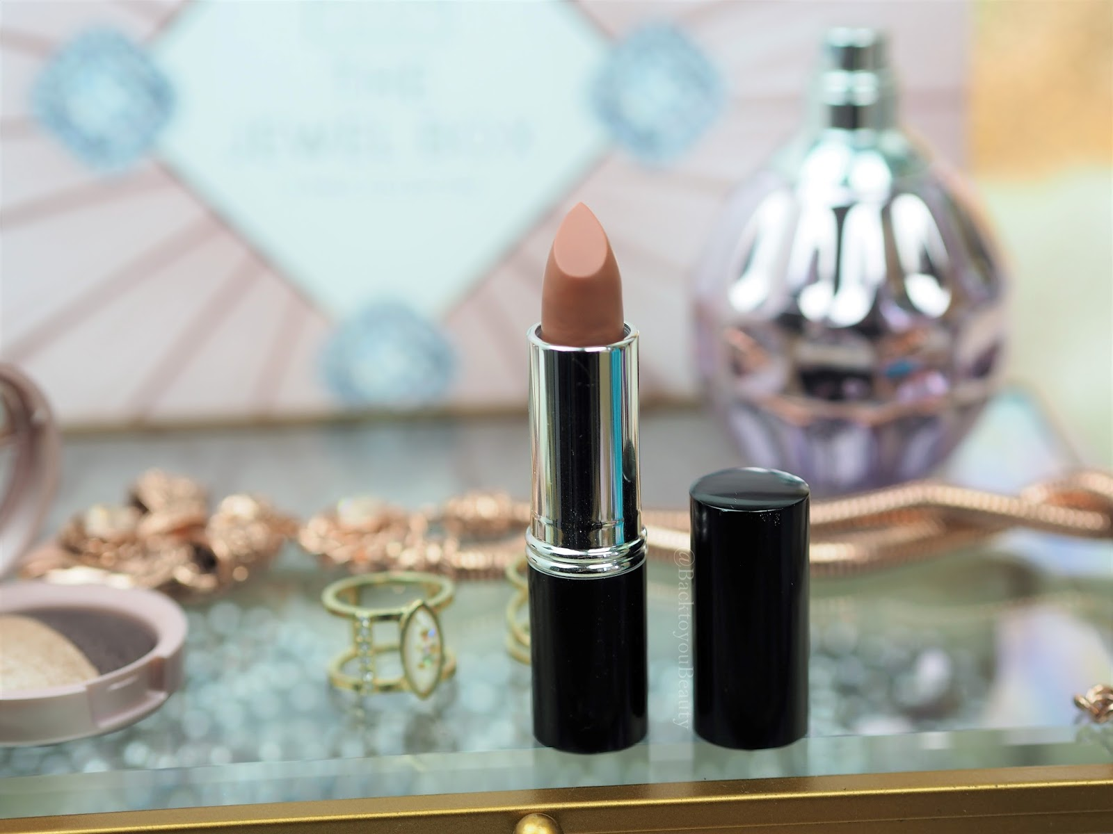 Laura Geller Italian Marble Lipstick in Vista
