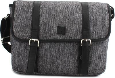 Flipkart Online Deal   Buy Allen Solly 14 inch Laptop Messenger Bag ... 28c519938e3d5