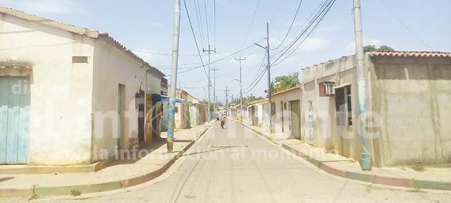 calle Jacobo Curiel con Vargas del sector Carorita