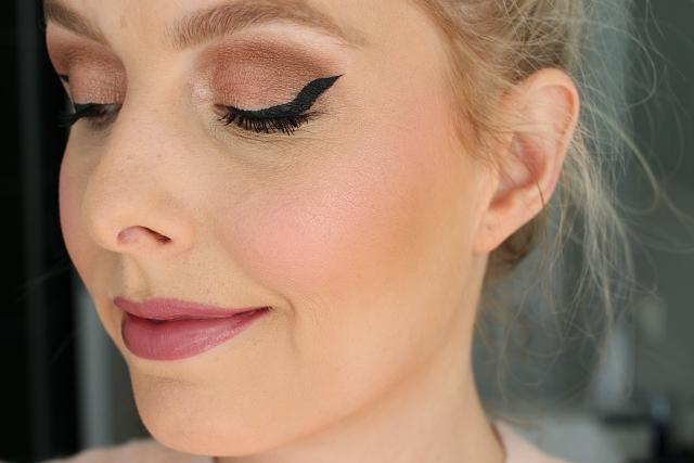 BECCA Shimmering Skin Perfectors mini: Vanilla Quartz