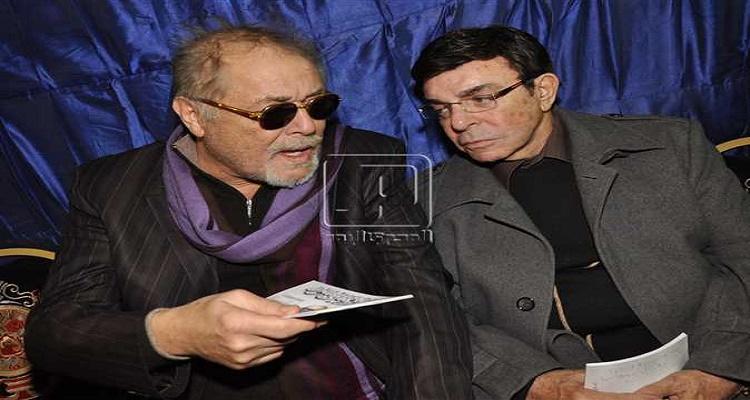 سمير صبري يكشف بماذا أوصى محمود عبد العزيز أن يوضع فوق قبره بعد وفاته