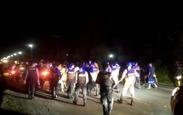 Bentrok Antara Pemuda Air Pinang dan Mata Ie, Polisi Lepaskan Tembakan ke Udara
