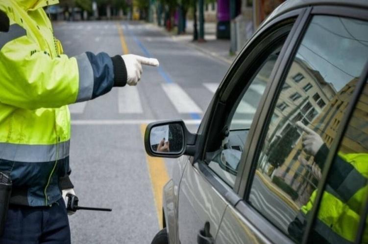 Διαδημοτικές μετακινήσεις από το Σάββατο Πόσα  άτομα επιτρέπονται στο αυτοκίνητο