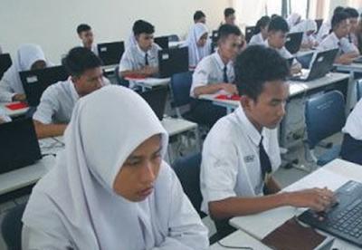 Contoh Soal Menentukan Alasan Kesalahan Penggunaan Ejaan dan Tanda Baca - UNBK SMP 2020