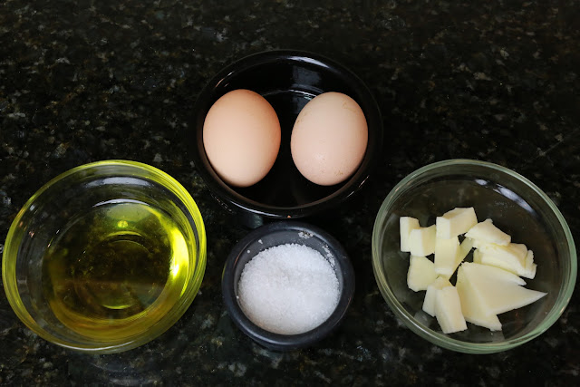 Ingredientes para tortilla francesa con queso