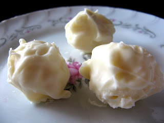 Dec new+011a Eggnog Truffles
