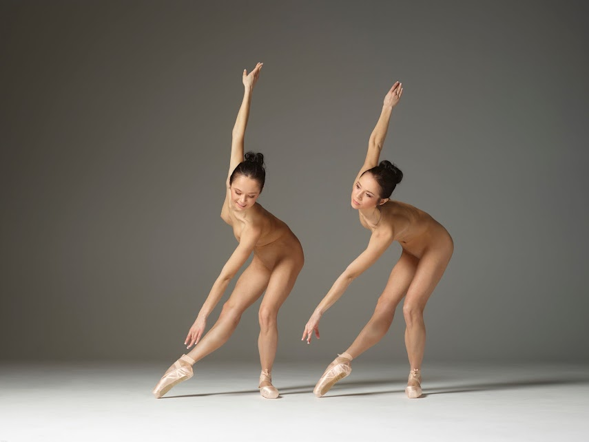 [Hegre-Art] Julietta & Magdalena - Naked Twins Ballet 1460132391_julietta-and-magdalena-naked-twins-ballet-board