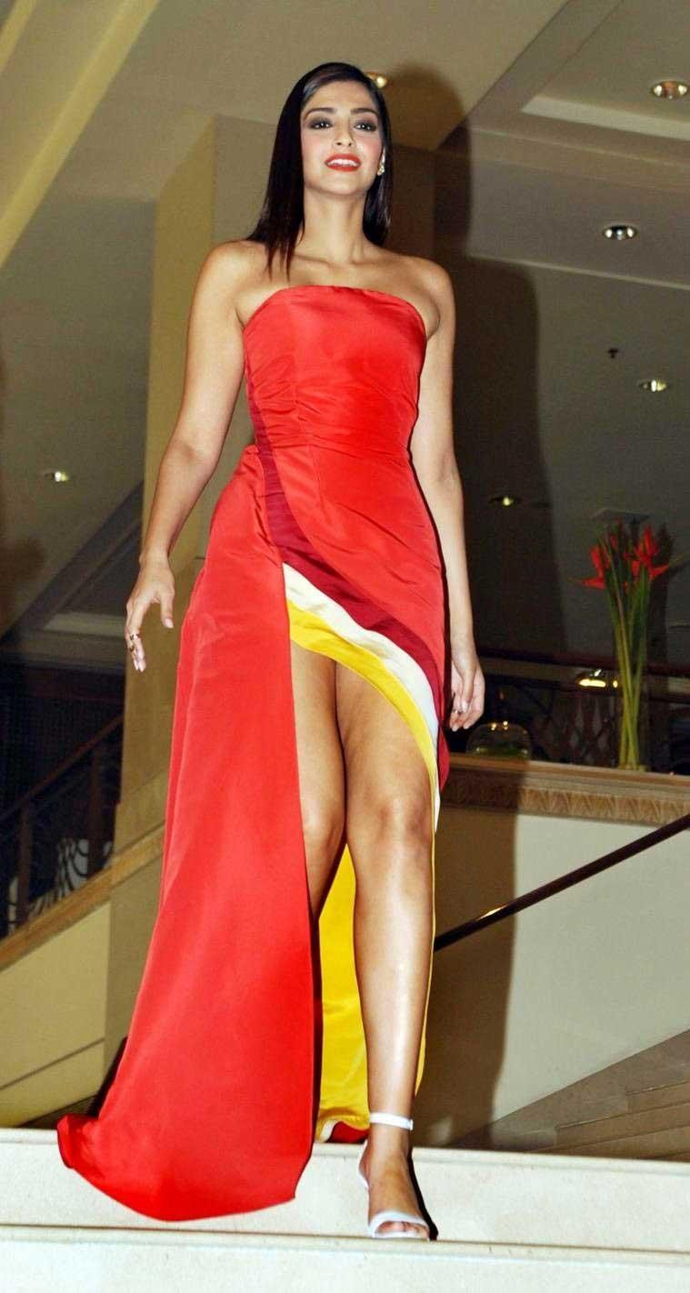 Sonam Kapoor Hot Thighs