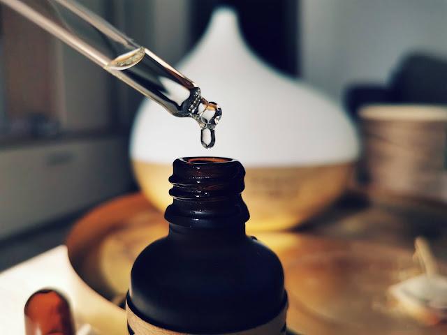 Intenzívny oudový olej aromaterapia