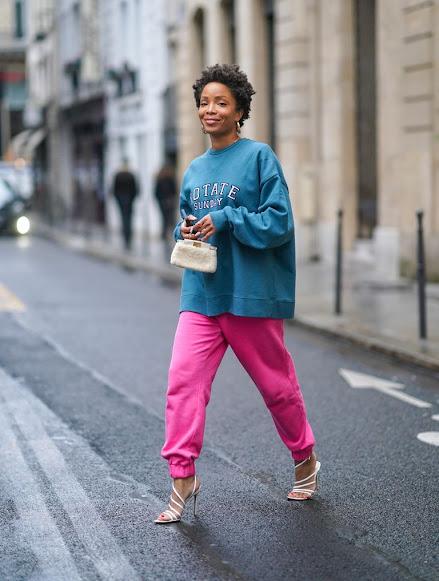Moda en rosa primavera 2021 moda informal