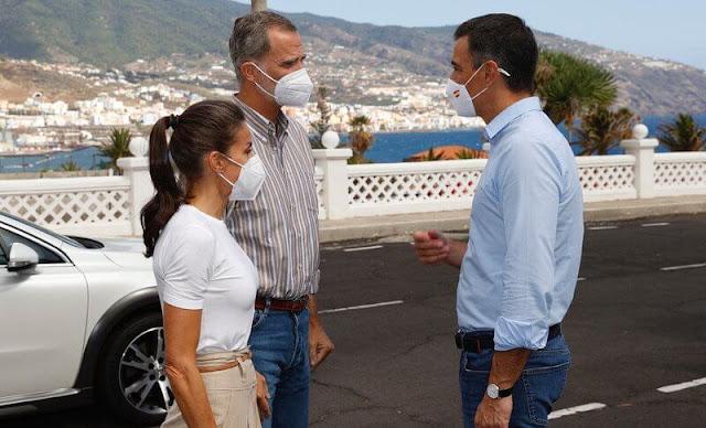 King Felipe and Queen Letizia visited La Palma. The Cumbre Vieja volcano