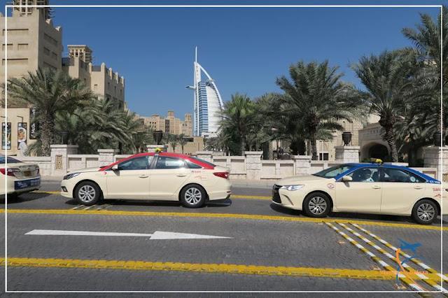 Madinat Jumeirah, Shopping e complexo hoteleiro de luxo