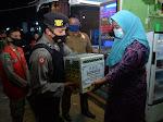 Satgas Operasi Yustisi Bagi Paket Sembako Untuk Masyarakat di Kota Langsa