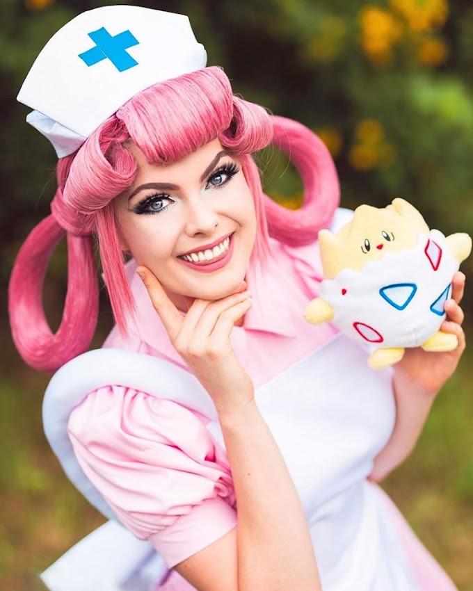 Infamous by Laura nos trae su cosplay de enfermera Pokemon