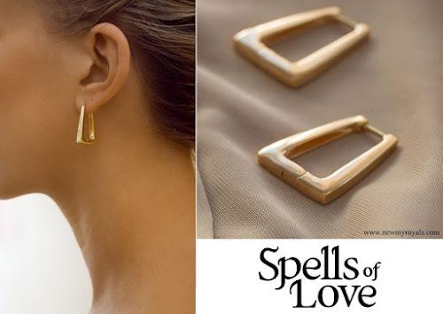Kate Middleton Spells of Love Alia 18 carat yellow gold hoops designer Hayley Jones