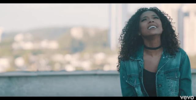 'Deus Proverá': Gabriela Gomes lança música inédita com clipe