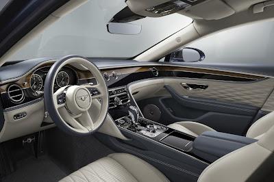 المقصورة الداخلية في Bentley Flying Spur W12