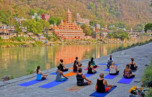 Yoga Worldwide Teacher Training
