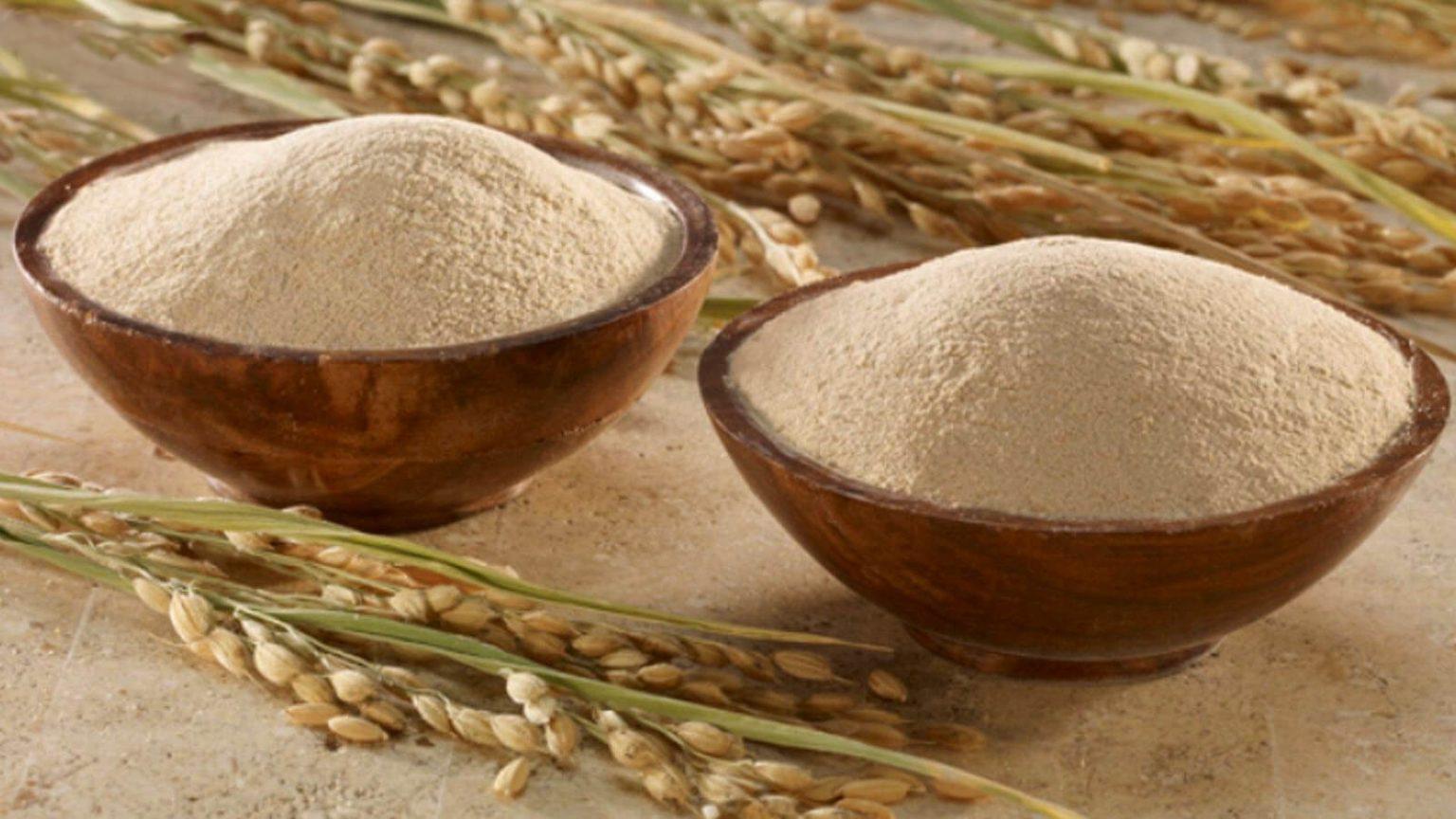 Tẩy da chết bằng bột cám gạo