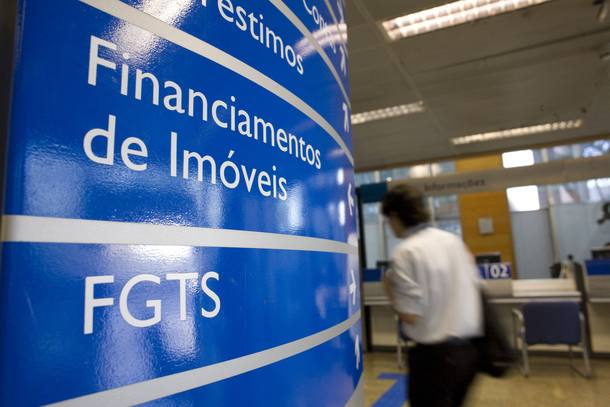 Cotistas do FGTS começam a receber pelos rendimentos