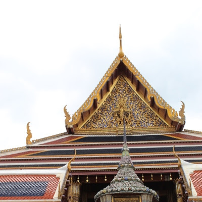 Enjoy Discover The Golden Temple Bangkok