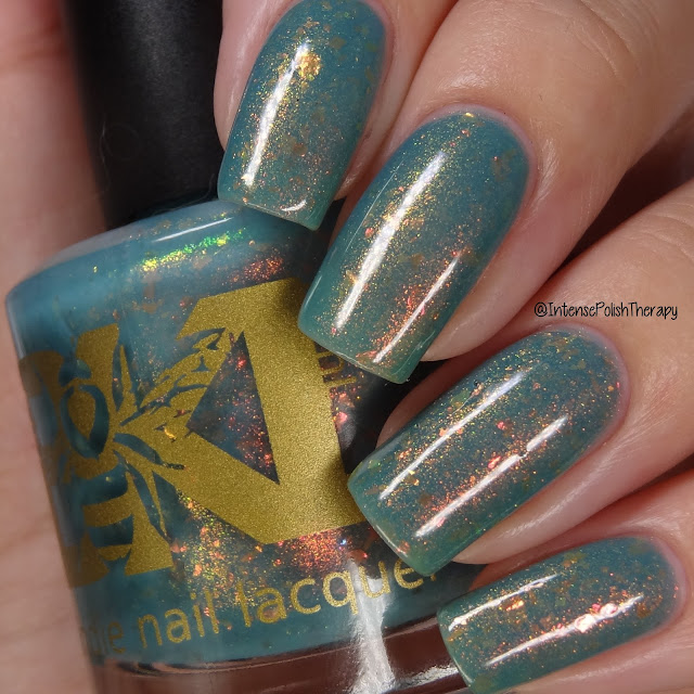 Bee's Knees Lacquer Big Chill