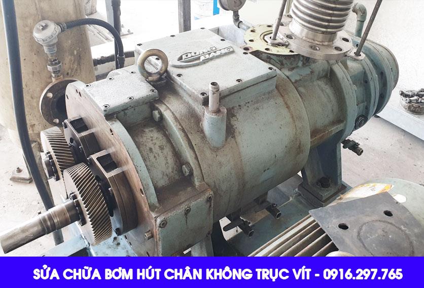 Sửa chữa bơm chân không trục vít/repair the dry screw vacuum pump
