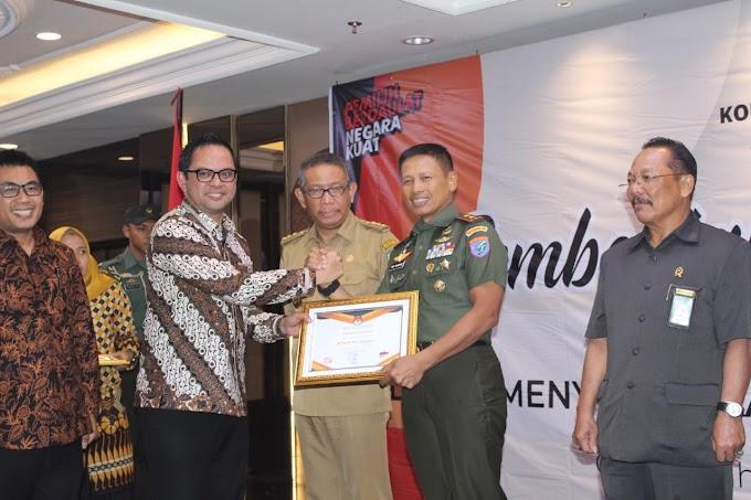 Kodam XII/Tpr Terima Penghargaan dari KPU Setelah  Sukseskan  Pemilu 2019