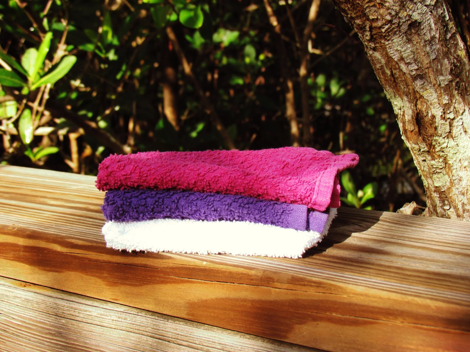 Colorful washcloths in a Florida boardwalk in the trees zero-waste and eco-friendly