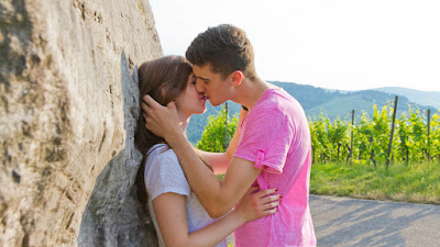 young-french-lovers