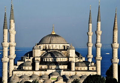 blue-mosque-mosque-of-sultan-ahmet_3861308610.jpg