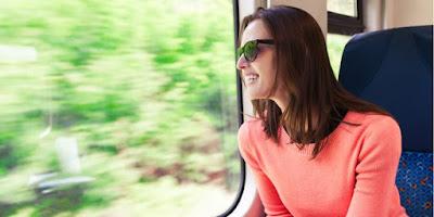 Apakah sobat kamu termasuk tipikal orang yang hobi bepergian dengan menggunakan kereta 5 Tips Travelling Menggunakan Kereta Agar Perjalanan Menjadi Lebih Seru!