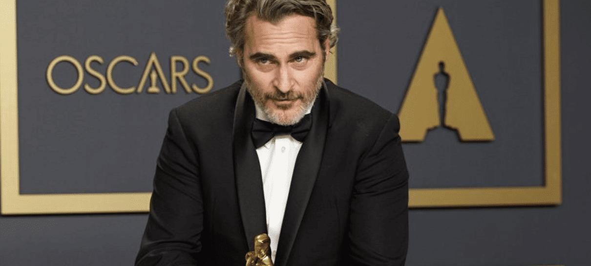 Joaquin Phoenix homenageia irmão morto no Oscar 2020
