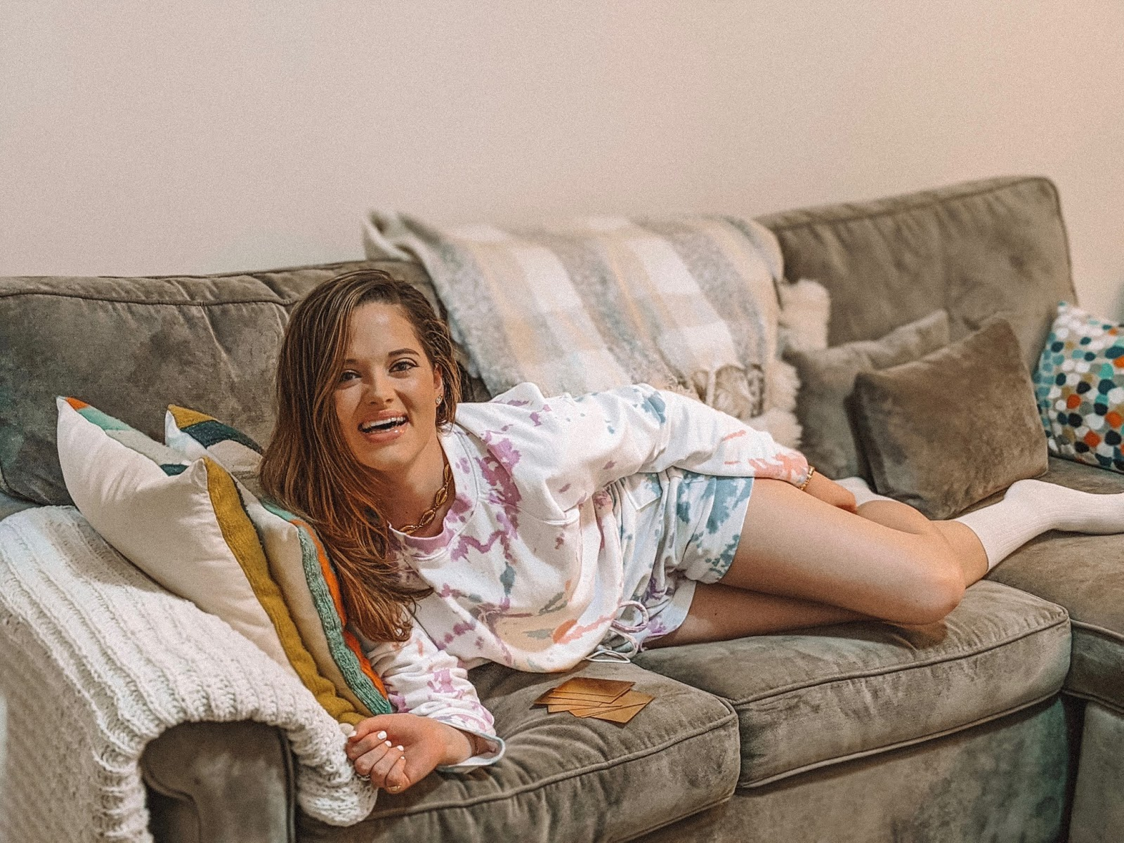 Fashion blogger Kathleen Harper wearing a cute loungewear outfit in her NYC apartment.