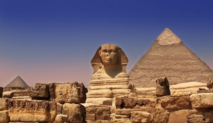 Giza Pyramid (गीज़ा पिरामिड)