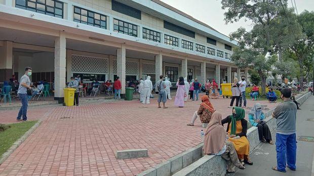 WADUH! Dinkes Surabaya Ubah Status Pasien Positif Corona Jadi Negatif, Warga Panik